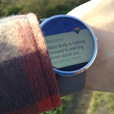 Living with a Moto 360 smartwatch and thoughts on a wearable future
