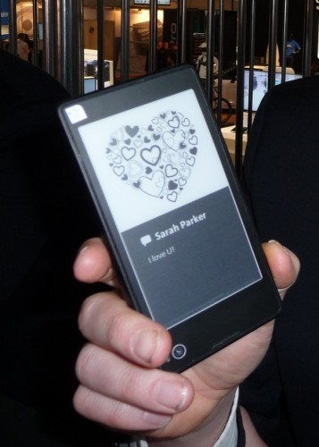Lau Geckler shows the e-ink second display on the YotaPhone